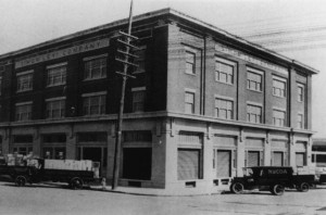 The Simon Levi Warehouse in San Diego in early 20th century. #WS1529