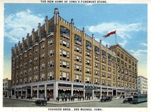 Younker Brothers Department Store, 1920's, Vintage Postcard.