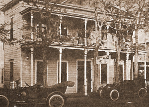 Independence Hotel, Independence, CA 1900's