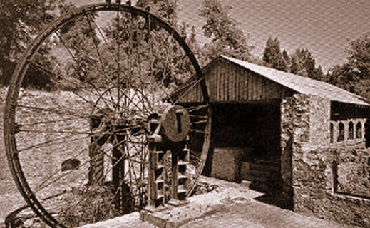 Grass Valley Gold Mine Entrance, Vintage Postcard.