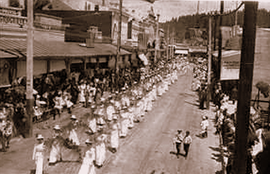 Grass Valley Parade 1900's, Vintage Postcard