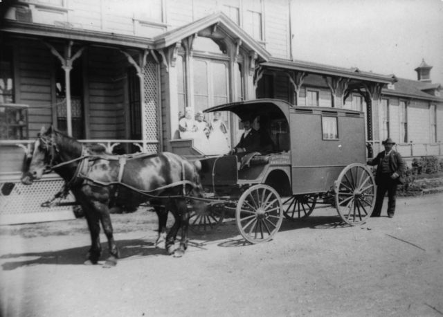 Mt. Zion Hospital ambulance-San Francisco, 1897 #WS1997